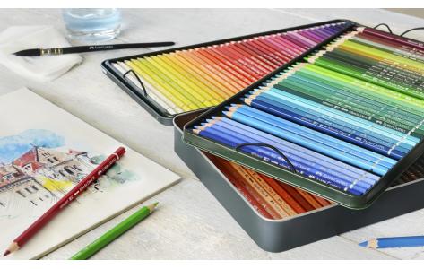 Színes ceruzák és grafitok