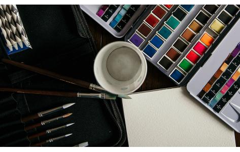 Festékek és eszközök